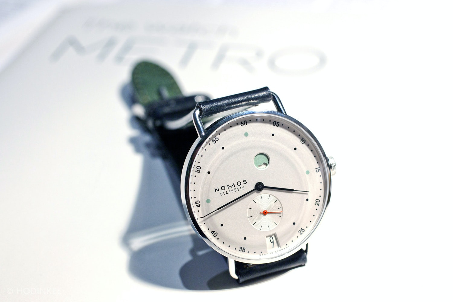 Introducing: The Nomos Metro Datum Gangsreserve