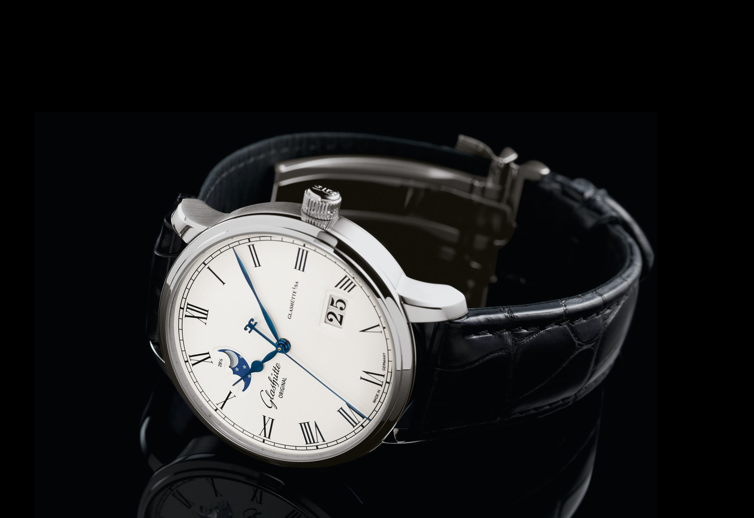Introducing The New Glashütte Original Senator Panorama Date Moon Phase