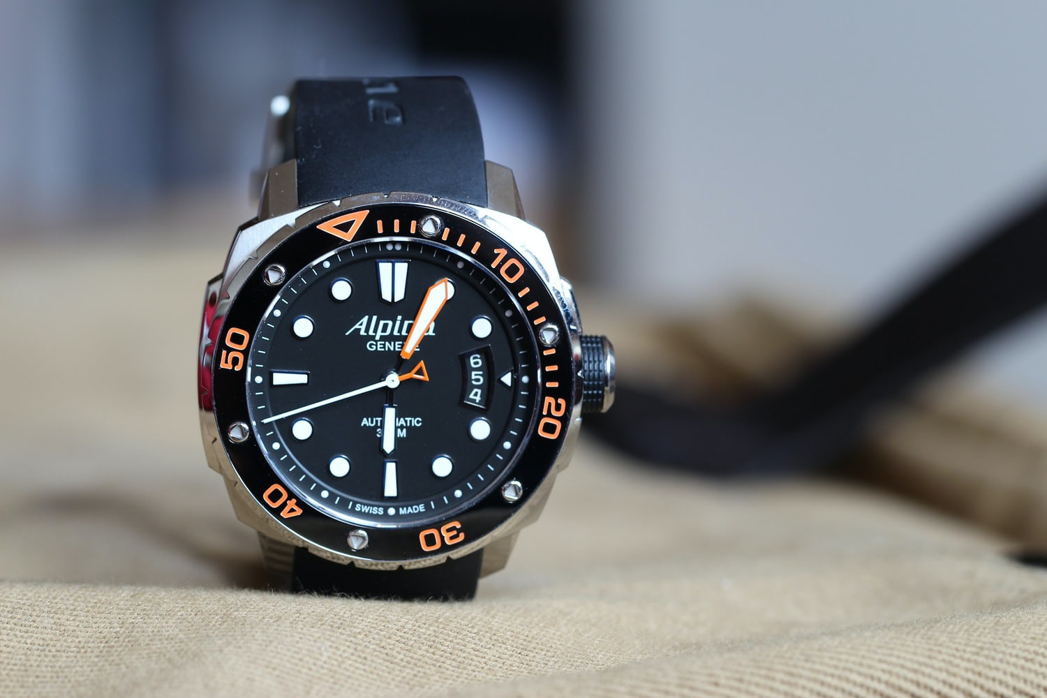 A Week On The Wrist The Alpina Extreme Diver HODINKEE - Alpina watch reviews