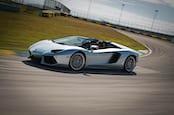Lamborghiniaventadorroadster 16.jpg?ixlib=rails 1.1