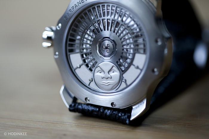 Sarpaneva K1 case back and movement