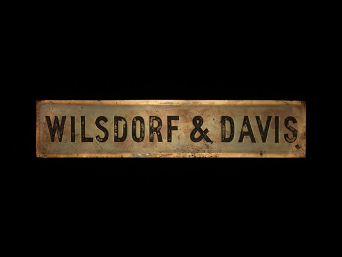 Wilsdorf & Davis sign