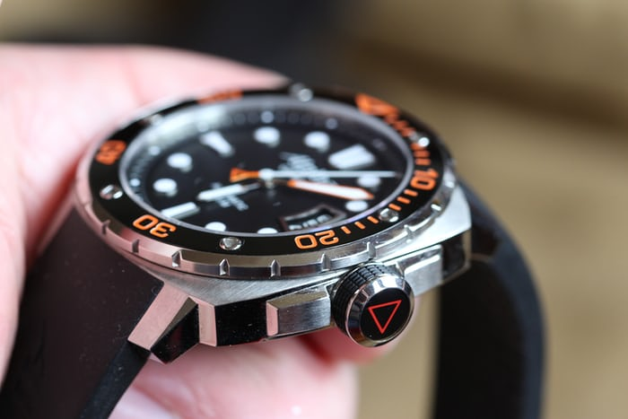 A Week On The Wrist The Alpina Extreme Diver HODINKEE - Alpina diver watch
