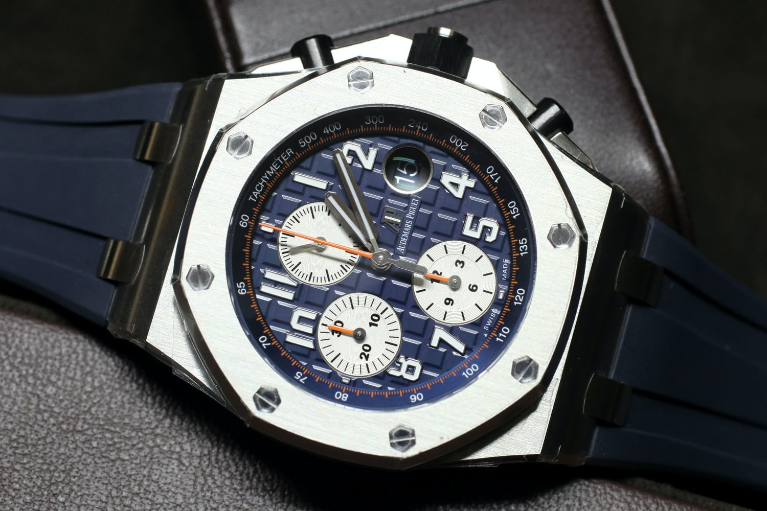 Introducing The New Royal Oak Offshore 42mm Collection ...