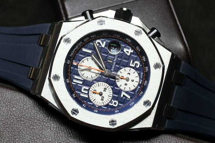 Introducing the new royal oak offshore 42mm collection from audemars piguet live pics details for Royal oak offshore vampire
