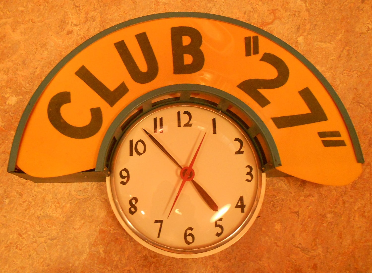 here at hodinkee hq there are a few vintage wall clocks adorning our hallowed halls we love em and you can find some really really funky old clocks for