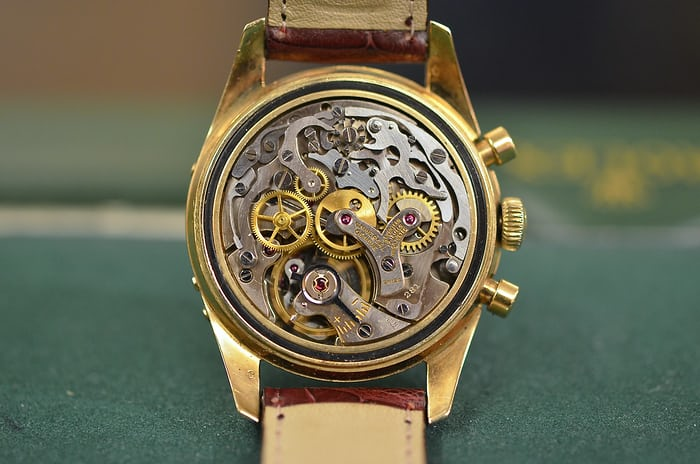 Universal Geneve Tri-Compax yellow gold Caliber Movement 281