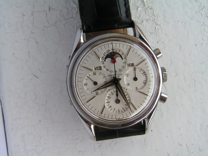 Universal Geneve Tri-Compax Reference 222100-1