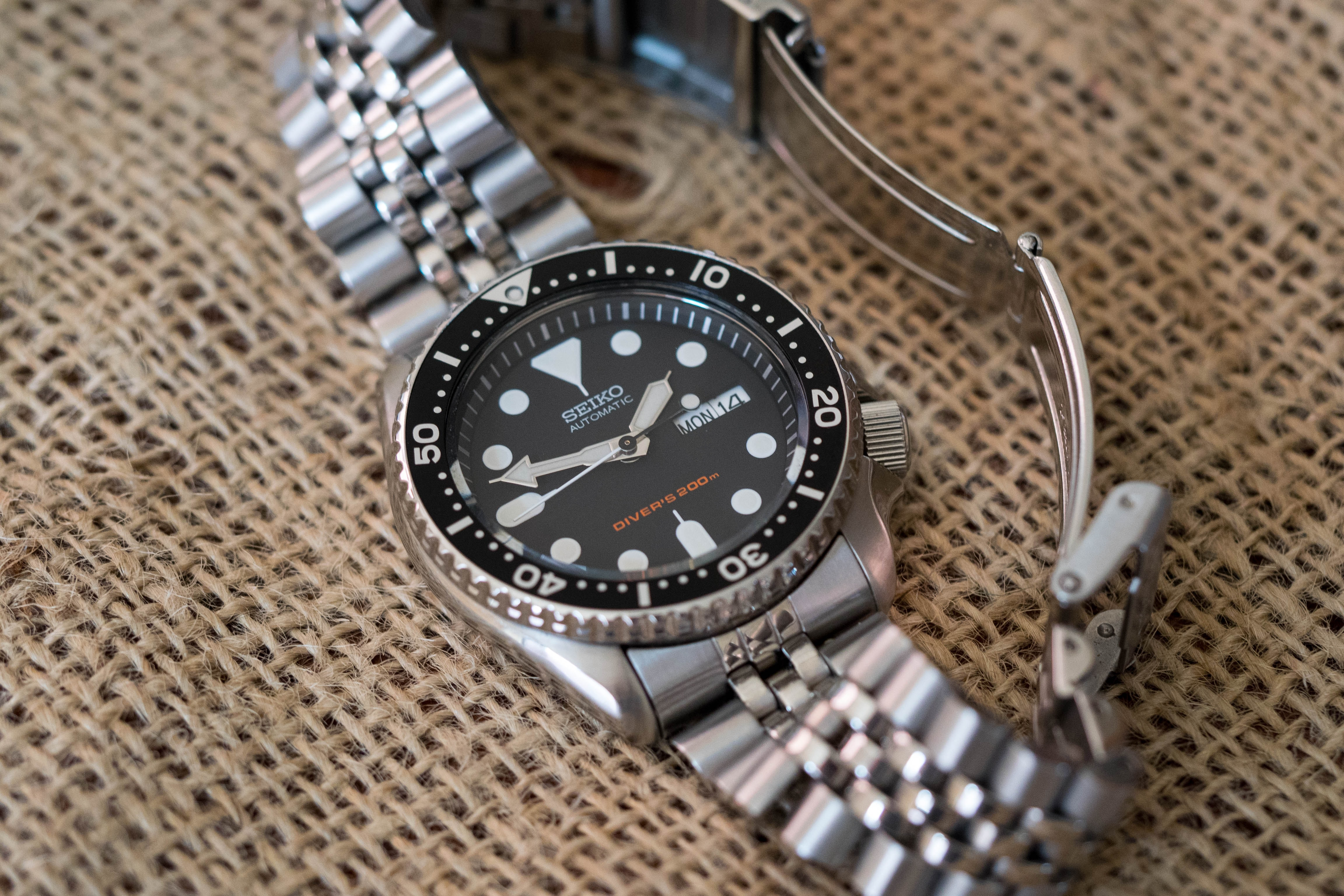 Features Of The Seiko SKX Models