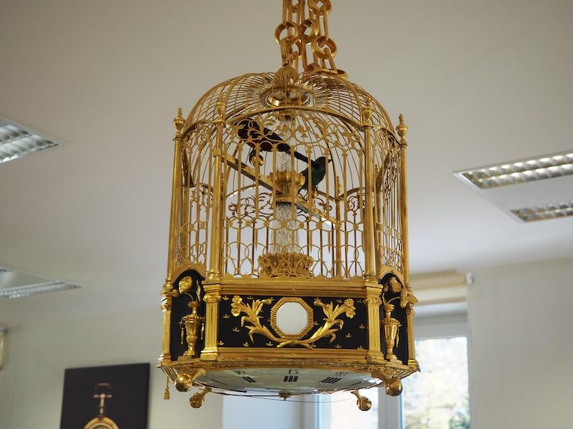 Automata birdcage