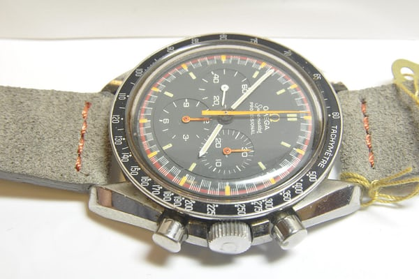 Omega Speedmaster Japan Reference 145022-68ST Dial