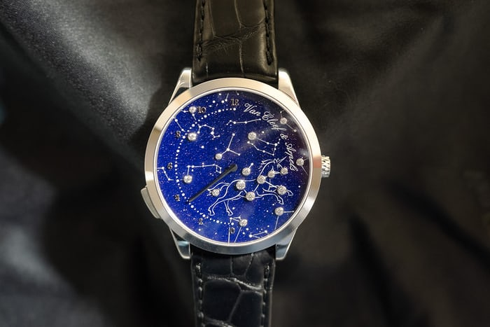 van cleef and arpels midnight nuit lumineuse dial color