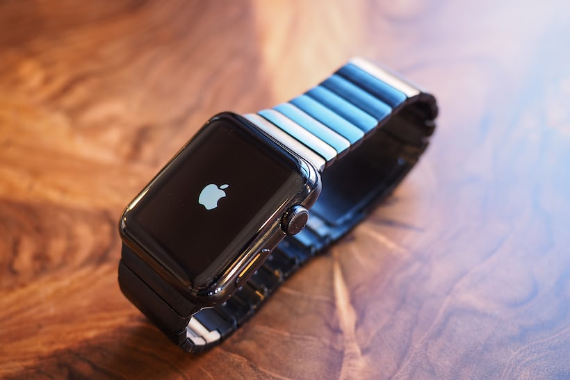 HODINKEE Apple Watch review