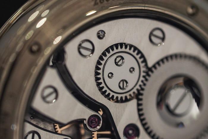 Voutilainen Vingt-8 crown wheel closeup