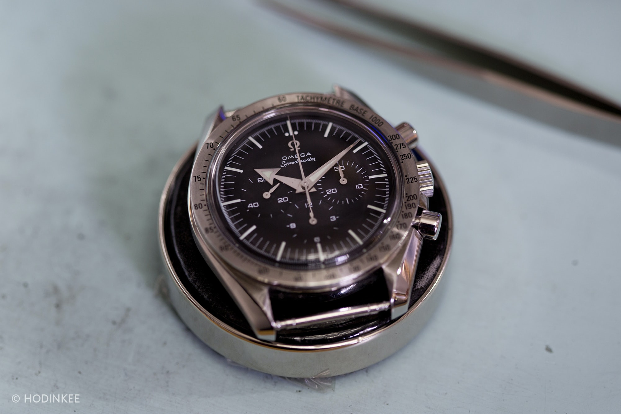Omega Speemdaster Professional VIDEO: How To Service The 234-Component Caliber 1861 Inside The Omega Speedmaster VIDEO: How To Service The 234-Component Caliber 1861 Inside The Omega Speedmaster 588A0807