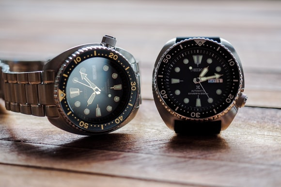 SRP775 And SRP777 side by side Hands-On: The New Seiko Prospex 200m Divers, SRP775 And SRP777, Two Dive Watches Made Like Quartz Never Happened Hands-On: The New Seiko Prospex 200m Divers, SRP775 And SRP777, Two Dive Watches Made Like Quartz Never Happened eee