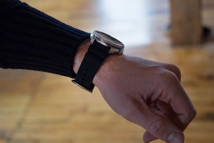 Seiko SRP777 wristshot flank