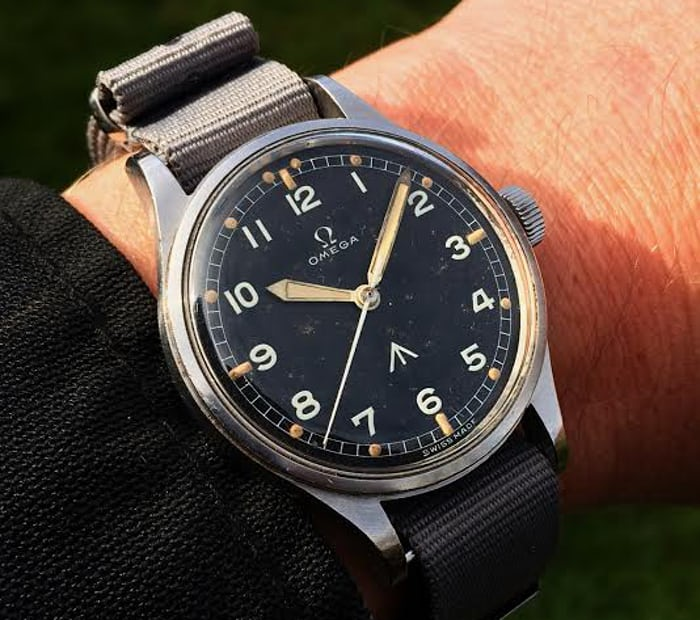 Omega Military Reference CK 2777