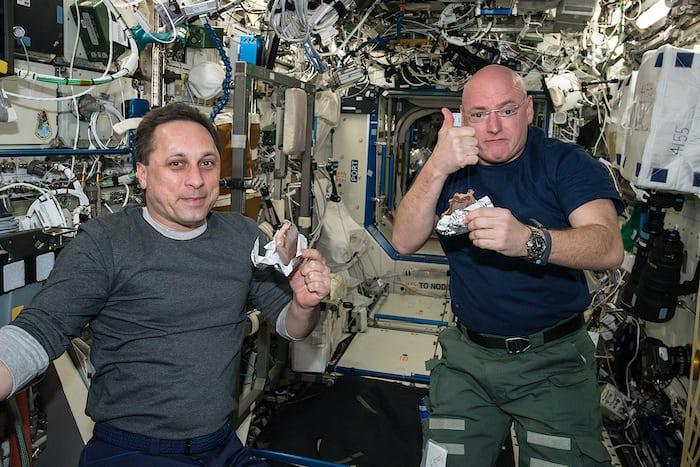 Scott Kelly ISS Speedmaster X-33