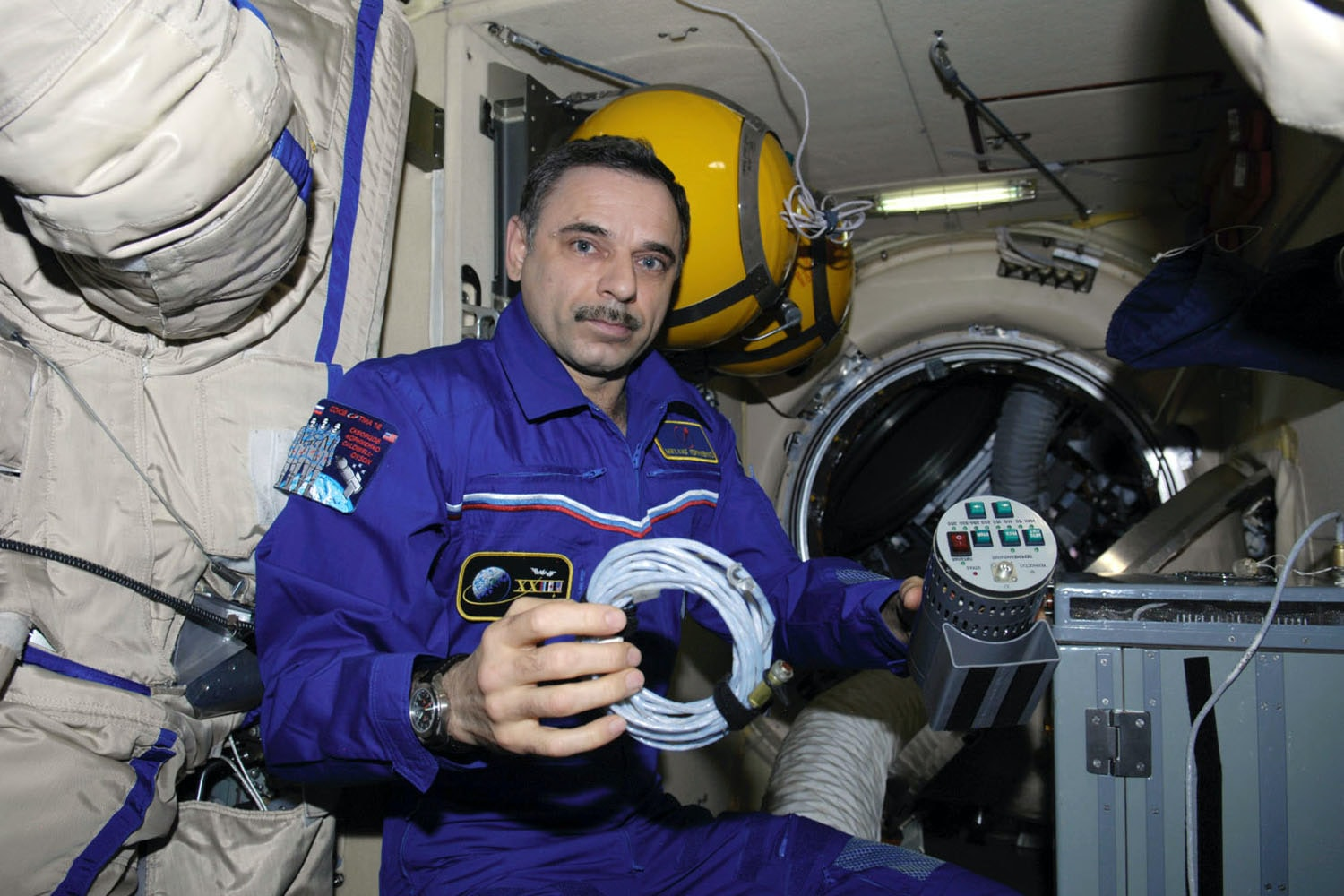 The Watches Worn By NASA Astronaut Scott Kelly, Holder Of New U.S. Spaceflight Endurance Record The Watches Worn By NASA Astronaut Scott Kelly, Holder Of New U.S. Spaceflight Endurance Record iss024e014830