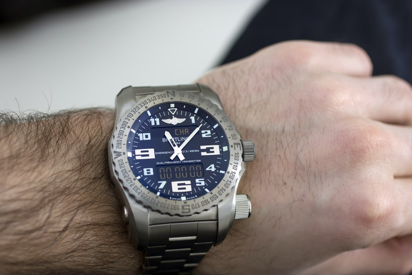 The Breitling Emergency wrist shot Hands-On: The Breitling Emergency, Or The Safest We've Ever Been With A Watch Hands-On: The Breitling Emergency, Or The Safest We've Ever Been With A Watch Wristshot