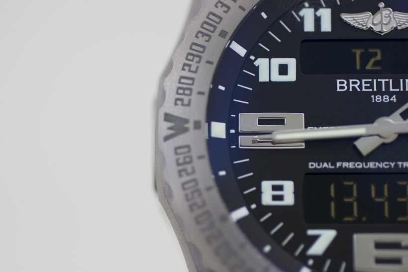 The Breitling Emergency dial left Hands-On: The Breitling Emergency, Or The Safest We've Ever Been With A Watch Hands-On: The Breitling Emergency, Or The Safest We've Ever Been With A Watch IMG 7998