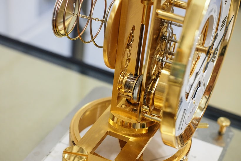 atmos clock manufacturing mainspring and chain