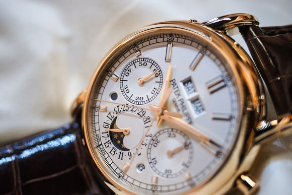 Patek 5204R lifestyle Baselworld 2016: A Quick Look At The Slightly Overlooked Patek Philippe 5204R Baselworld 2016: A Quick Look At The Slightly Overlooked Patek Philippe 5204R P3160960