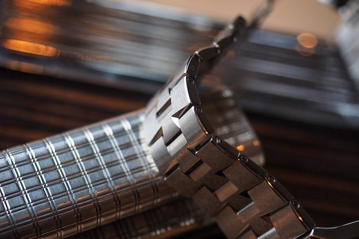 Vacheron Constantin Overseas Ultra-Thin bracelet lifestyle