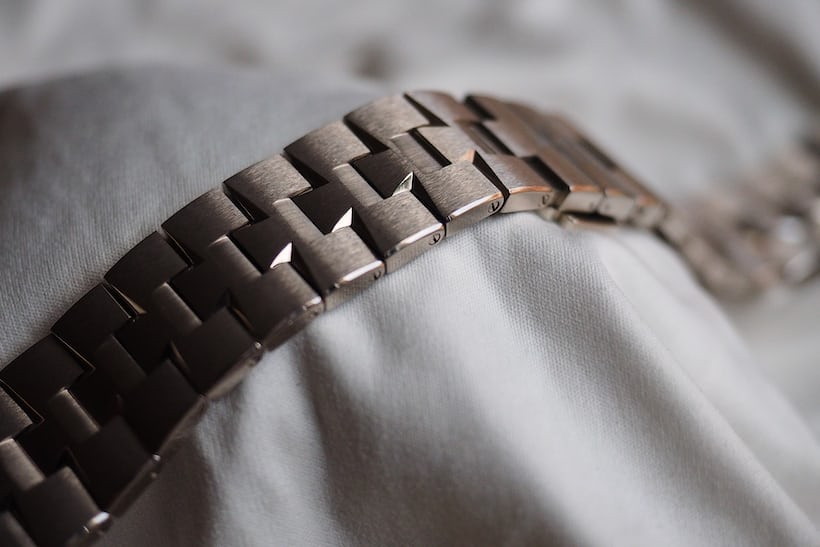 Vacheron Constantin Overseas Ultra-Thin bracelet light