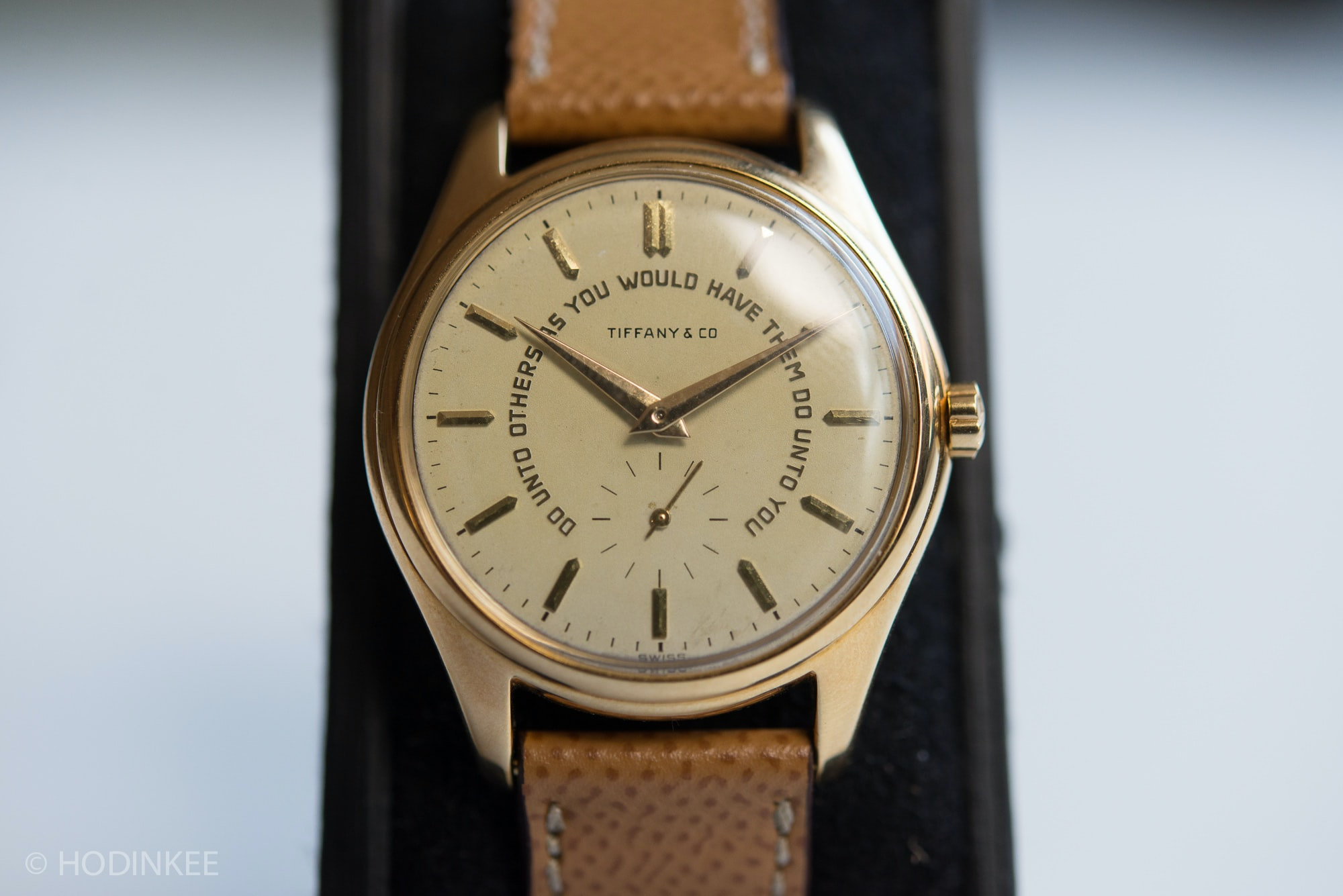 In-Depth: The Patek Philippe 2526, And Why It's A Watch To Pay Attention To In-Depth: The Patek Philippe 2526, And Why It's A Watch To Pay Attention To 2526caliber 99