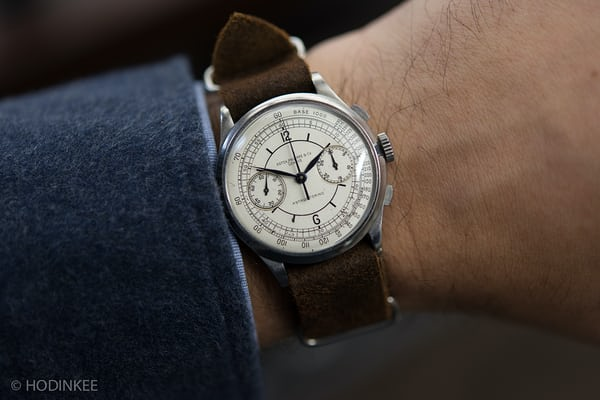 Lot 171: A stainless steel Patek Philippe Ref. 530 retailed by Astrua Torino.