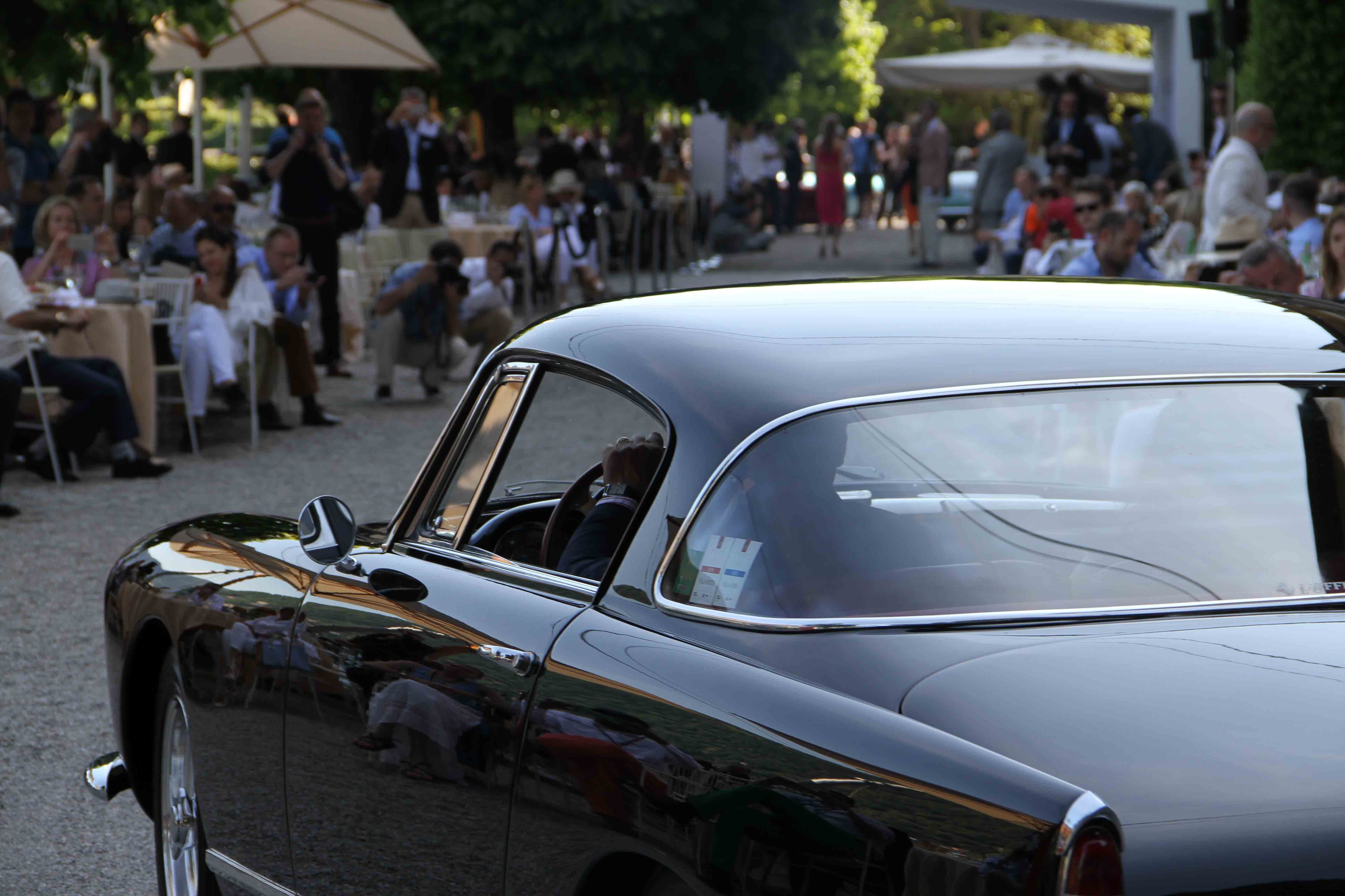 Photo Report: Watch And Car Spotting At The 2016 Concorso d'Eleganza Villa d'Este With A. Lange & Söhne Photo Report: Watch And Car Spotting At The 2016 Concorso d'Eleganza Villa d'Este With A. Lange & Söhne IMG 5603