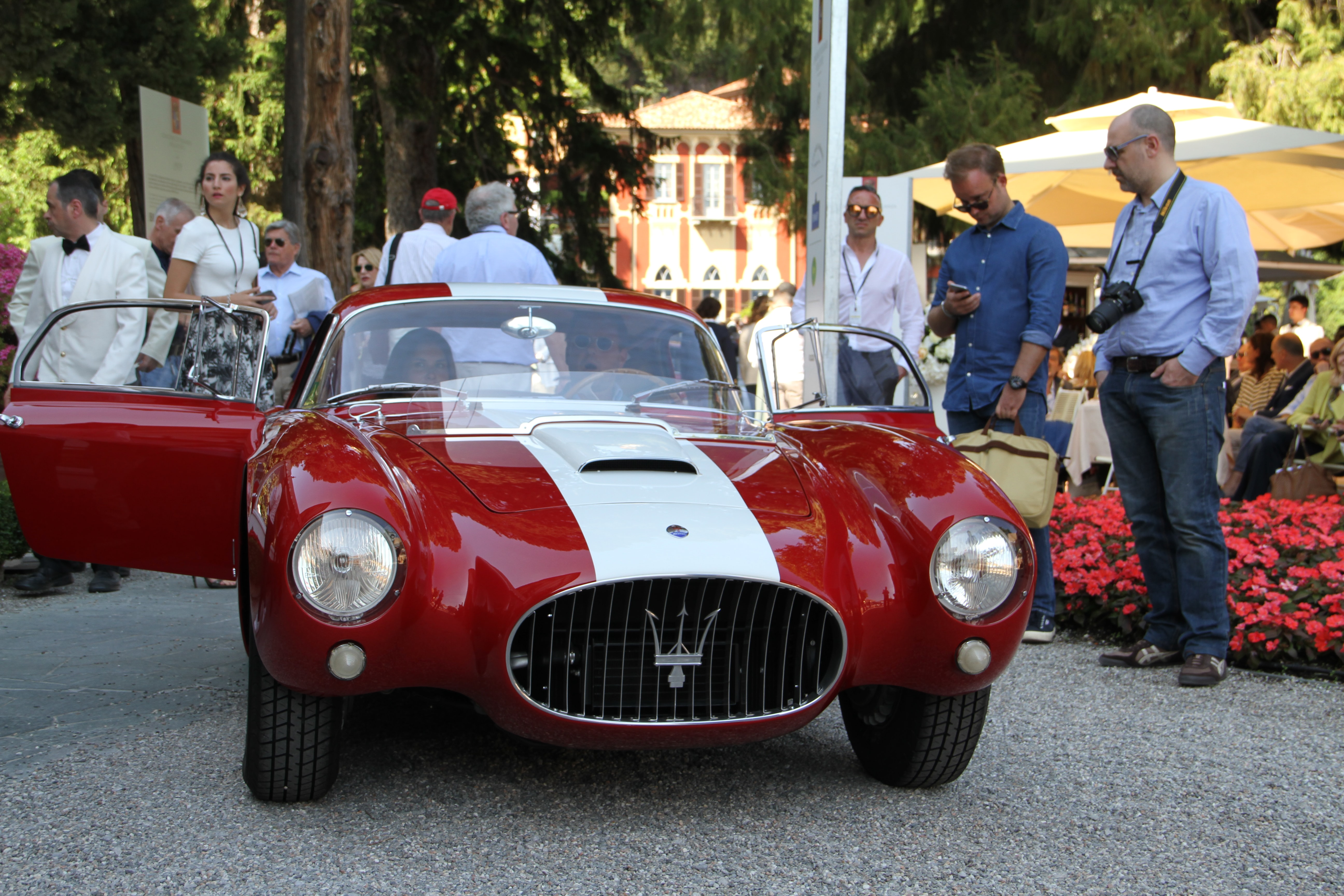 The winning Maserati A6 GCS.  Photo Report: Watch And Car Spotting At The 2016 Concorso d'Eleganza Villa d'Este With A. Lange & Söhne Photo Report: Watch And Car Spotting At The 2016 Concorso d'Eleganza Villa d'Este With A. Lange & Söhne Winner