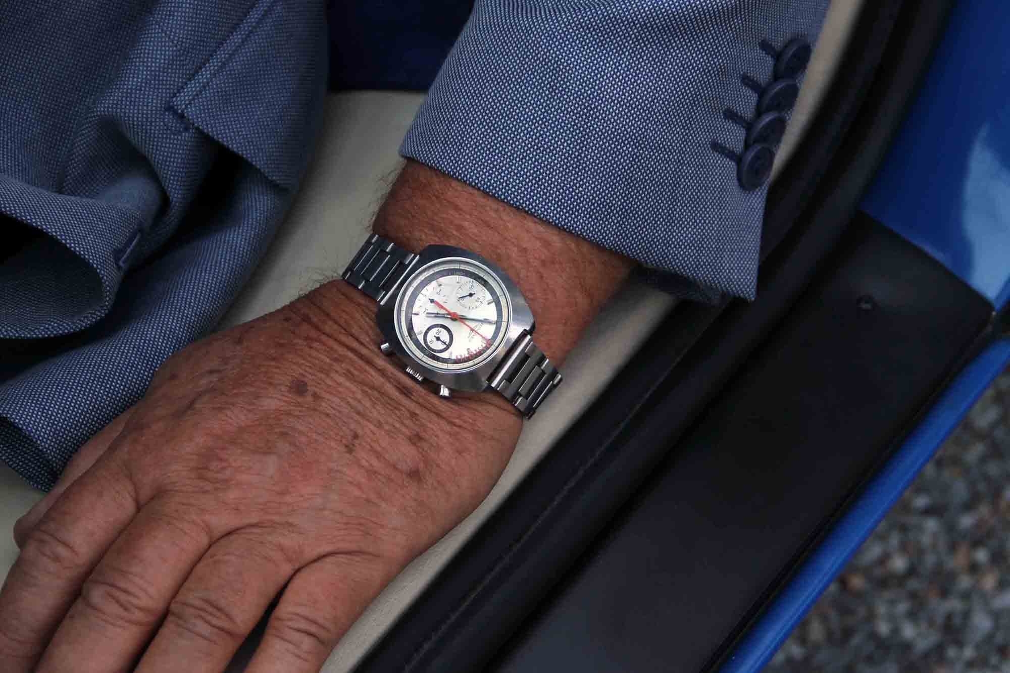 The Longines Nonius reference 8271 on the wrist of Valentino Balboni, Lamborghini's first chief test driver. Photo Report: Watch And Car Spotting At The 2016 Concorso d'Eleganza Villa d'Este With A. Lange & Söhne Photo Report: Watch And Car Spotting At The 2016 Concorso d'Eleganza Villa d'Este With A. Lange & Söhne y