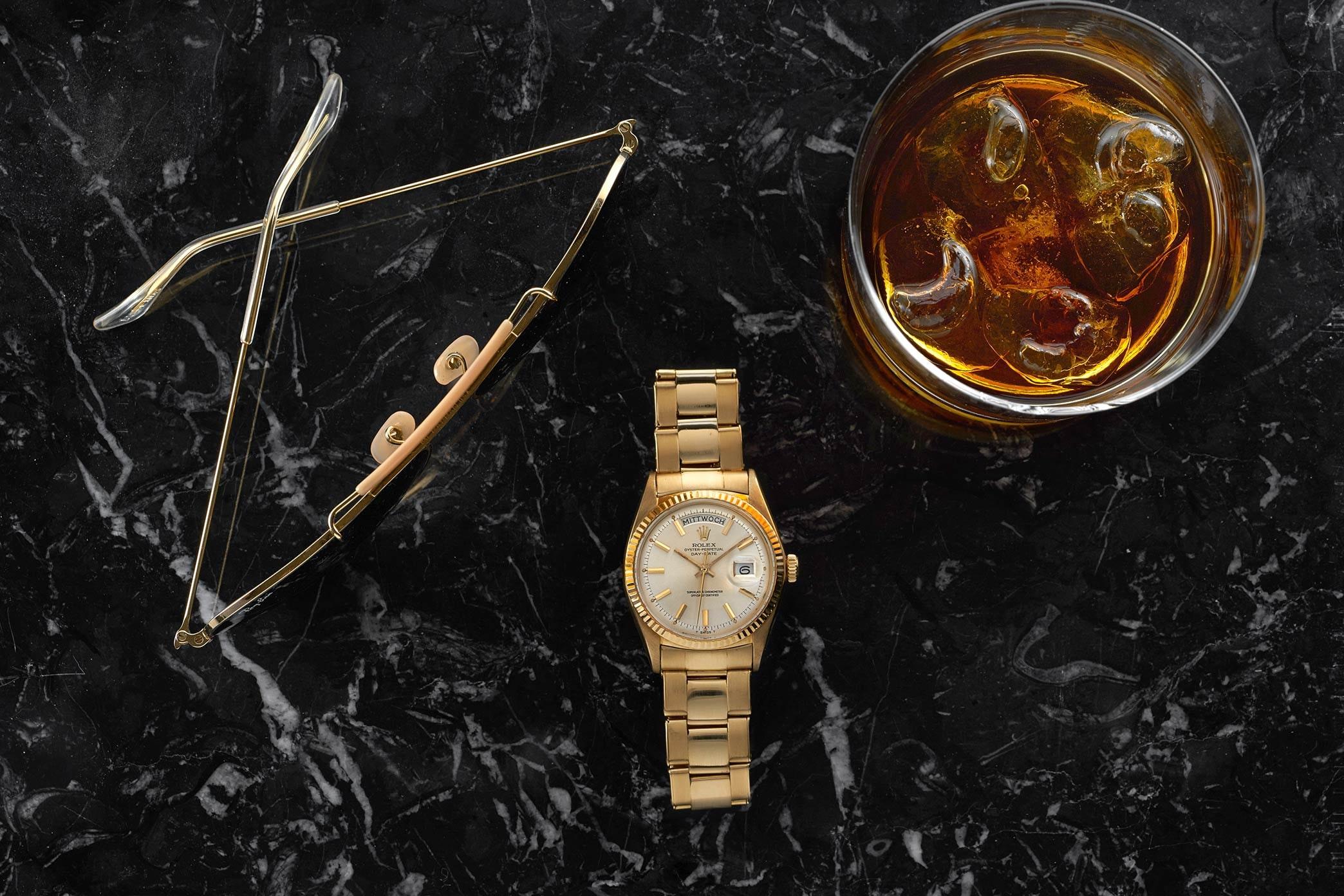 In The Shop: A 1950s Pink Gold Doxa Dato-Compax, A 1954 Ultra Thin Audemars Piguet Dress Watch, And A 1960s Universal Genève Uni-Compax In The Shop: A 1950s Pink Gold Doxa Dato-Compax, A 1954 Ultra Thin Audemars Piguet Dress Watch, And A 1960s Universal Genève Uni-Compax 121 RolexDayDateGerman LANDSCAPE