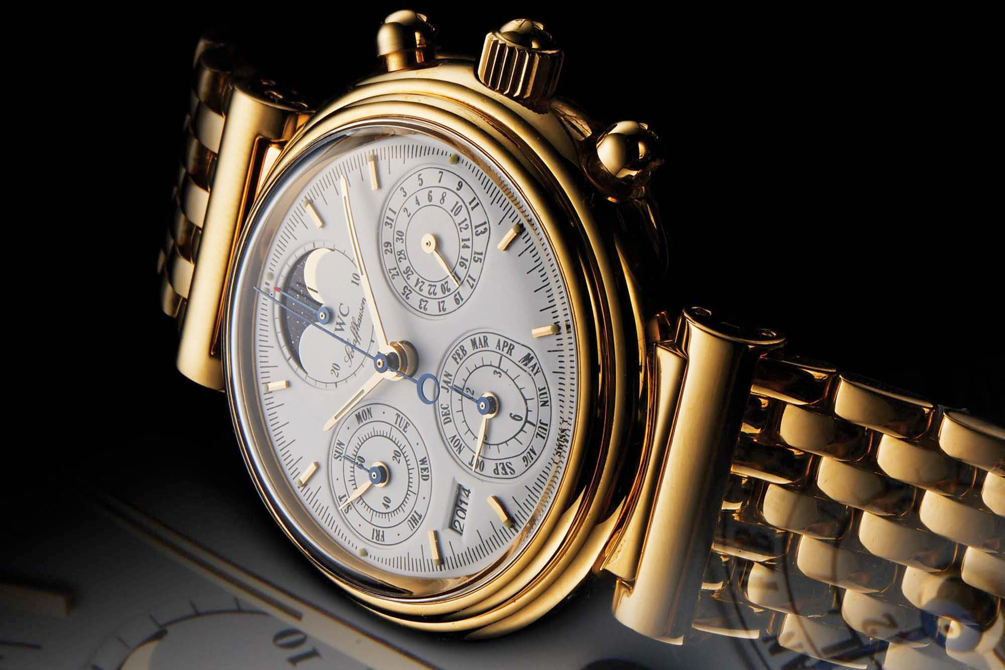 The IWC Da Vinci Ref. 3750.  Interview: Watches Of The Post-Quartz Era That Would Make It Into A Horological Museum, 500 Years From Now, According To Stephen Forsey Interview: Watches Of The Post-Quartz Era That Would Make It Into A Horological Museum, 500 Years From Now, According To Stephen Forsey 1212