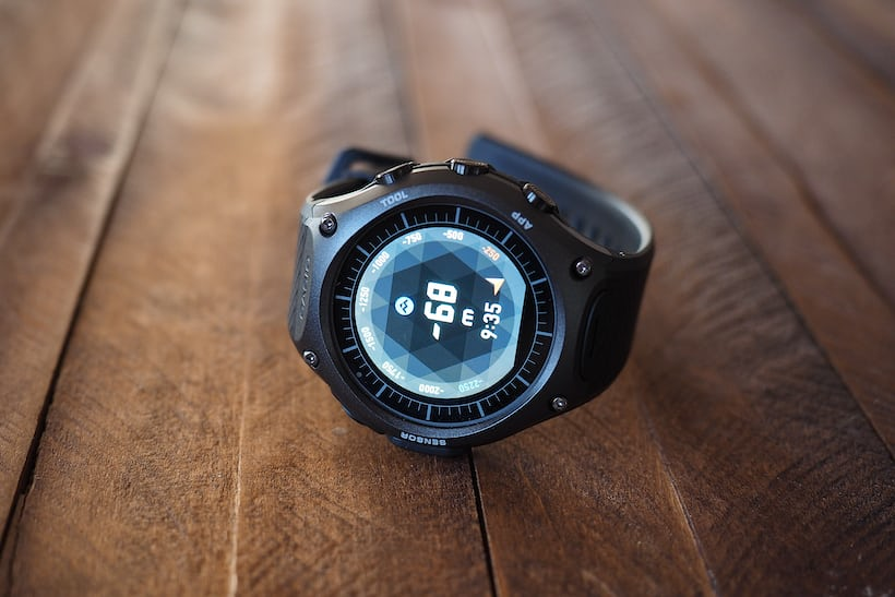 casio wsd f10 outdoor connected watch illuminated