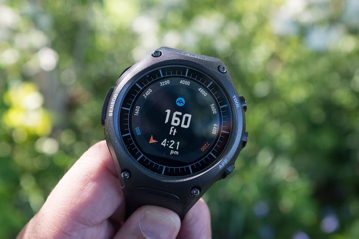 casio wsd f10 outdoor connected watch altimeter