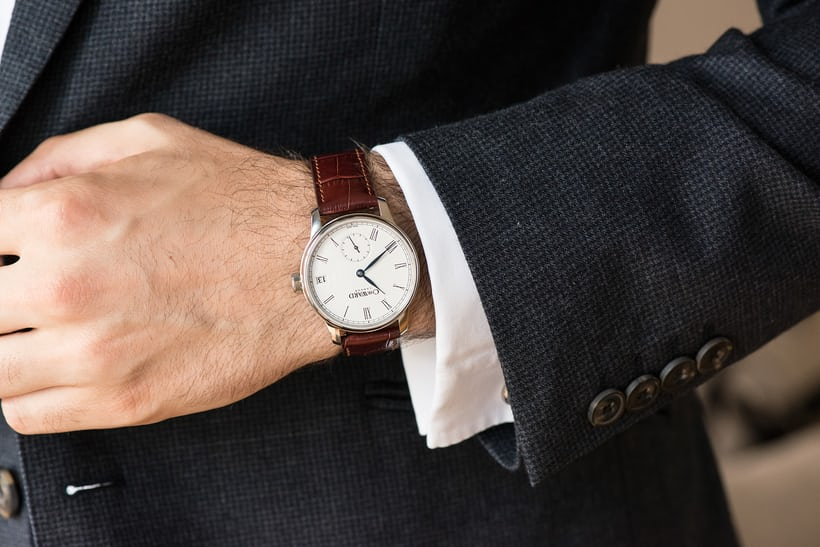 Christopher Ward C9 5 Day Small Second wirstshot