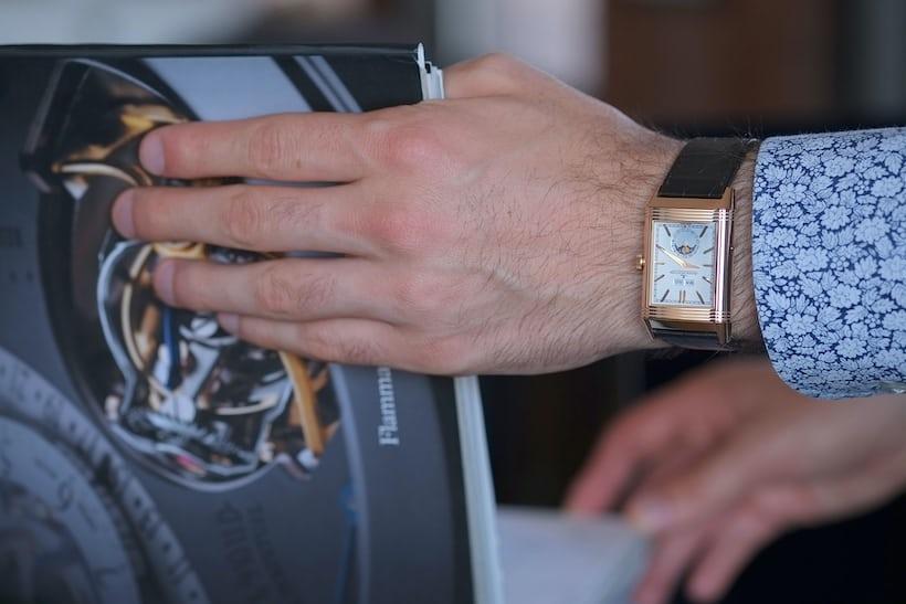jaeger lecoultre reverso tribute calendar wristshot