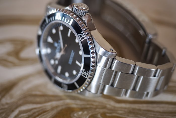 Rolex Submariner 14060 on Oyster bracelet