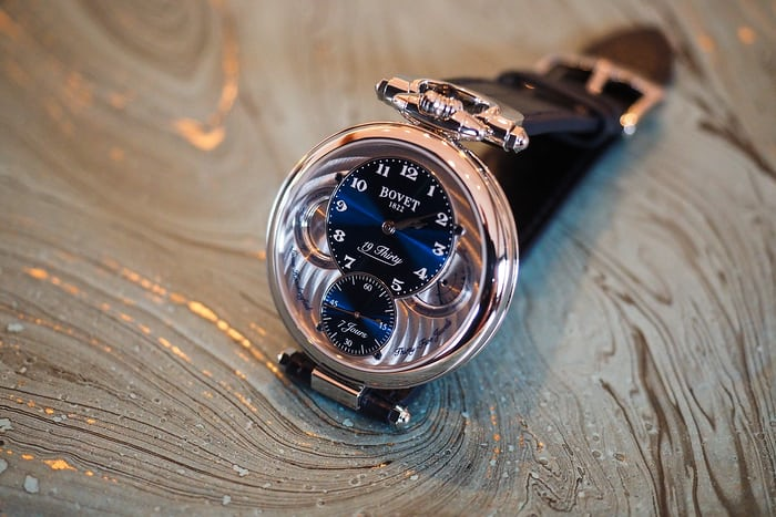 Bovet 19 Thirty side view
