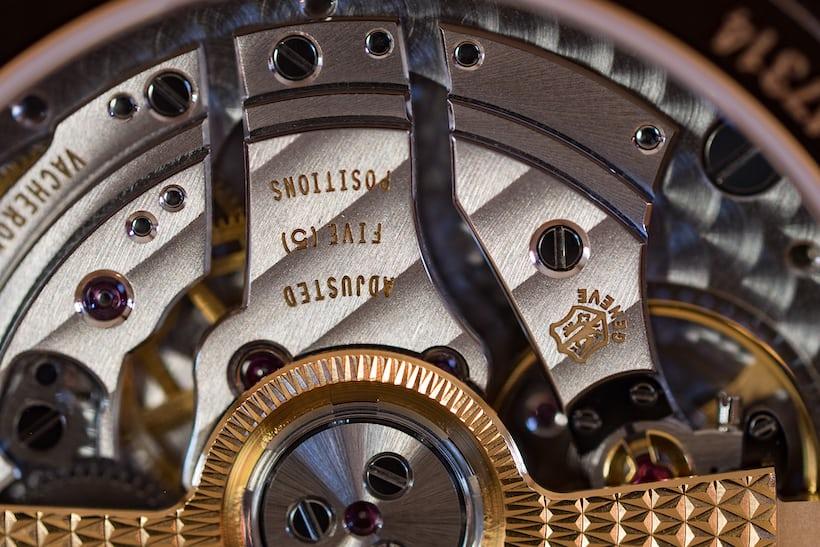 Vacheron Constantin Harmony Complete Calendar, caliber 2460 closeup