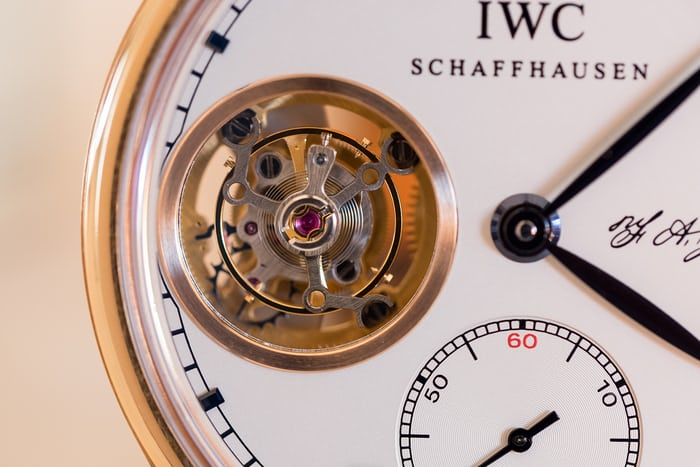 iwc caliber 98900 flying tourbillon