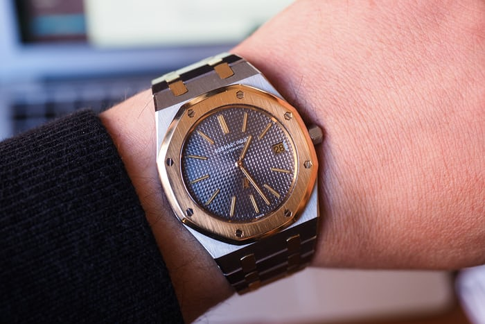 5402SA royal oak wrist shot