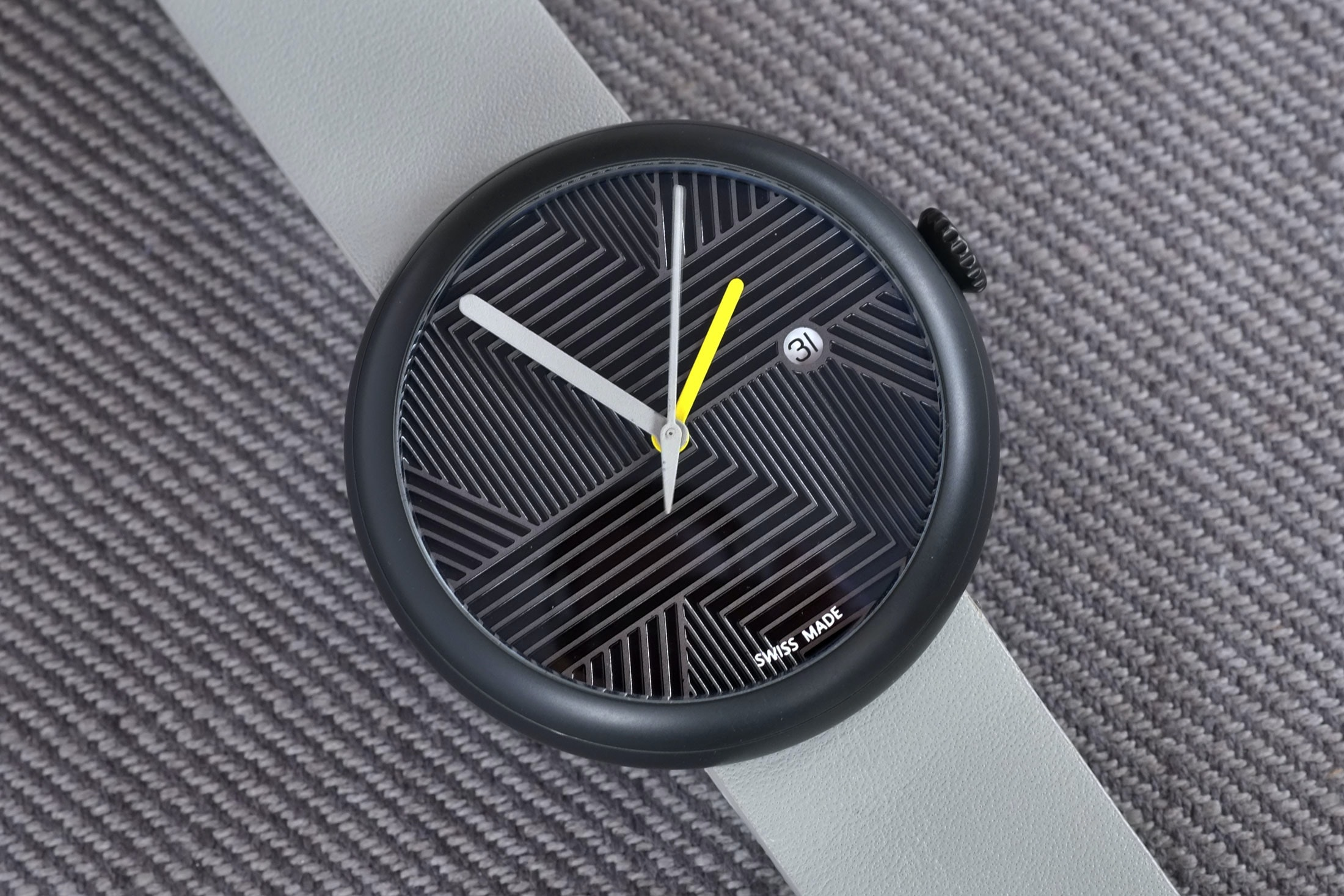 objest automatic prototype Hands-On: The Objest Hach Automatic, An Affordable And Customizable Watch For Design Lovers Hands-On: The Objest Hach Automatic, An Affordable And Customizable Watch For Design Lovers objest 09