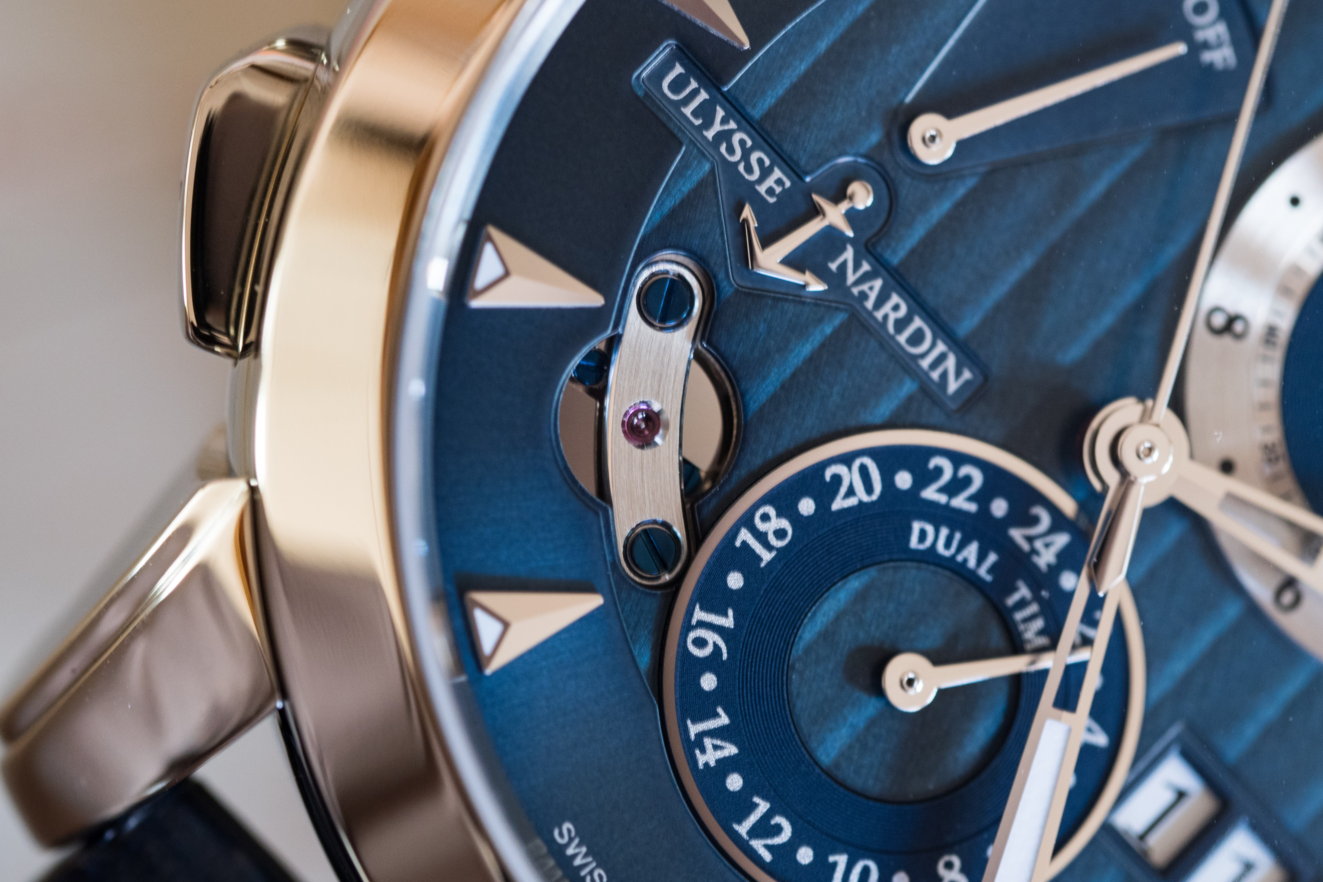 Ulysse Nardin Classic Sonata dial closeup inertial governor Hands-On: The Ulysse Nardin Classic Sonata, A Self-Winding Alarm Watch With A Cathedral Gong (And More) Hands-On: The Ulysse Nardin Classic Sonata, A Self-Winding Alarm Watch With A Cathedral Gong (And More) PA190350