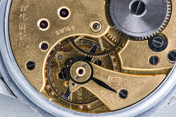 gilt omega movement