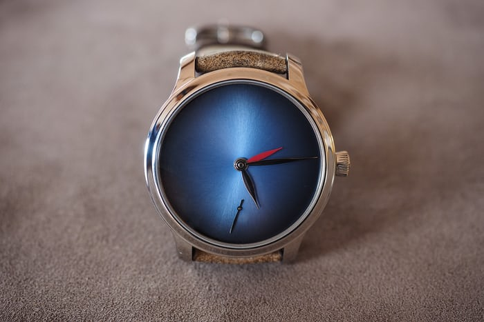 Moser Dual Time Concept blue fume dial